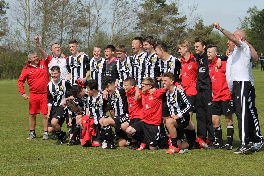 The Mighty Beith Juniors 99 's  2015 League Champions